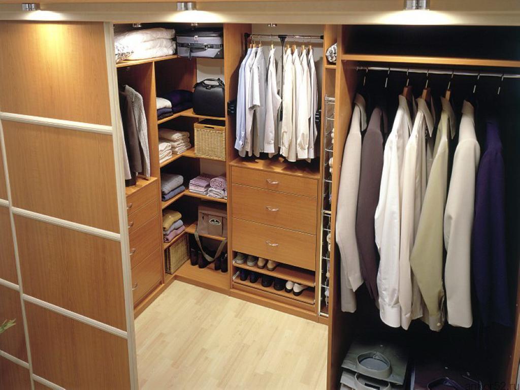 Каталог дверей для гардеробной комнаты.